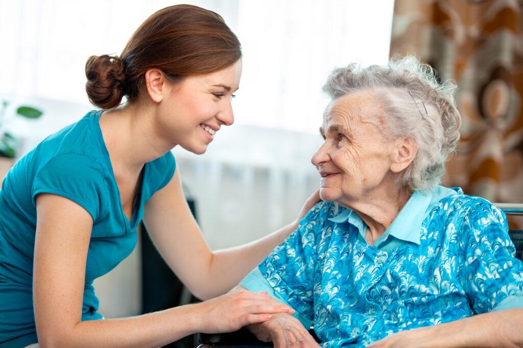 Dom spokojnej starości – jak rozmawiać na ten temat