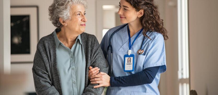 Jak wygląda praca z osobami starszymi?